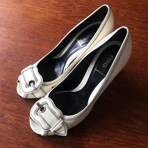 Vintage Fendi White Patent Leather Pumps Sz 40 1/2